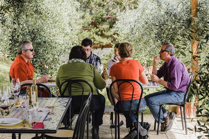 Vespa Tour in Chianti with Lunch from Florence